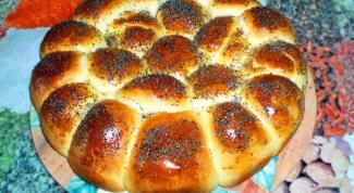 Как приготовить пирог из булочек с ветчиной и сыром