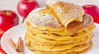 Как приготовить блинчики с яблочным припеком