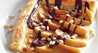Пирог с айвой и шоколадом
