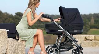 Как выбрать коляску для путешествий с ребенком