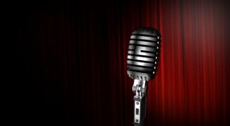 Как научиться петь караоке