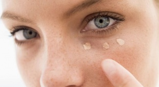 It is better to use a corrector or concealer?