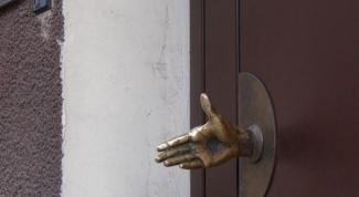 Дверные ручки: выбираем оригинальный дизайн