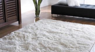 Как сделать сухую чистку ковров