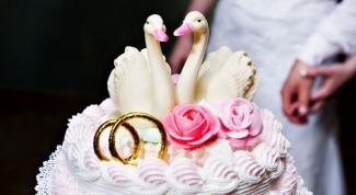 Как выбрать торт на свадьбу с экономичным бюджетом