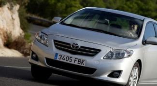 Как поменять ремень ГРМ на Toyota Corolla