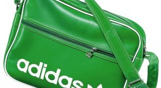 С чем носить сумку Адидас