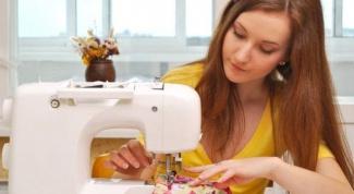 Что лучше швейная машинка или оверлок?