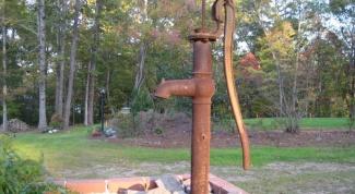Как вырыть скважину на дачном участке