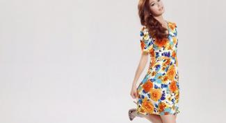 Как правильно носить платья с цветочным принтом