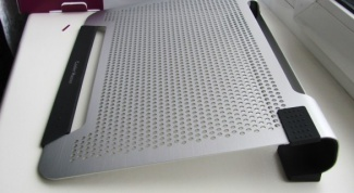 How to choose a cooling pad for laptop