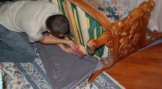 Как отремонтировать софу и обновить обивку