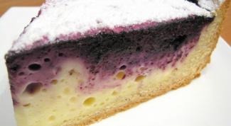 Творожный пирог с черничной начинкой