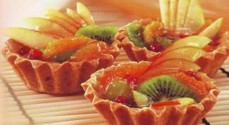 Пирожное фруктовое