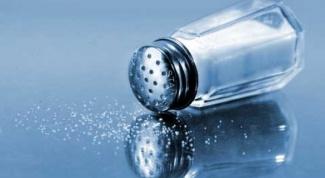 Чем вызван налог на соль в средневековой Франции