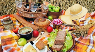 How to make a menu for a picnic for 20 people