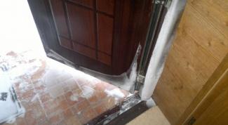 Как устранить конденсат на входной двери