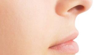 Почему из носа пахнет ацетоном