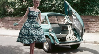 How to sew a dress in the style of 50-60 years