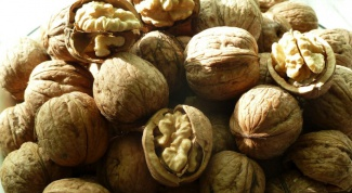 How to prepare the mixture for lactation walnut