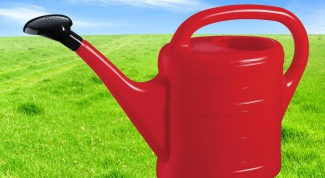 How to seal plastic watering can