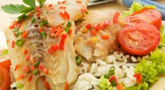 Быстрый и полезный ужин в мультиварке: рыбный стейк с овощами и рисом