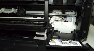 Как заменить каретку в принтере