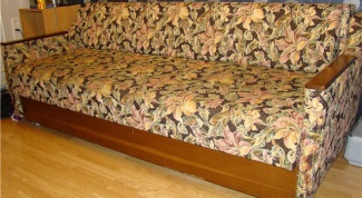 Как самому обтянуть диван