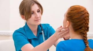 Почему болят лимфоузлы на шее