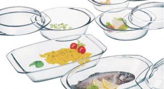 В какой посуде можно готовить в микроволновке