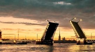 Где бесплатно переночевать в Санкт-Петербурге