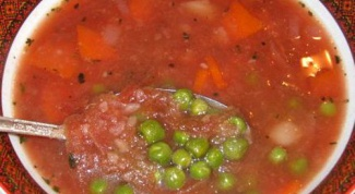 Как приготовить томатный суп с зеленым горошком