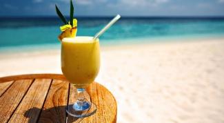 """Безалкогольный мятно-дынный коктейль """"Пляж"""""""