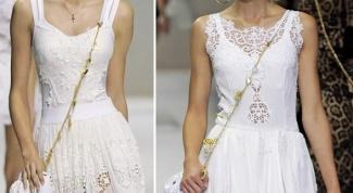 Как и с чем носить белый кружевной сарафан
