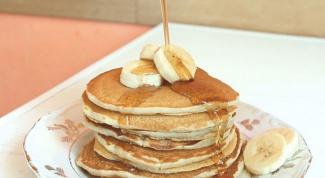 How to cook banana pancakes