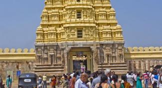 Советы самостоятельному путешественнику по Индии: Как посетить индуистский храм