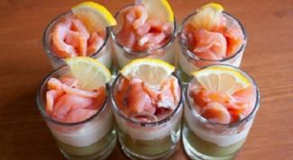 Веррины с лососем и свежим огурцом