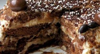 Готовим пряничный торт без выпечки
