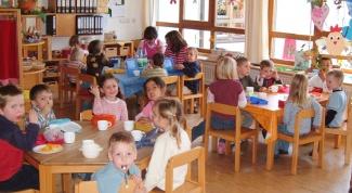 Чем полезен детский сад