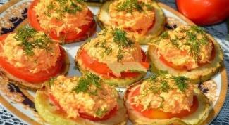 Как готовить закуску из кабачка с помидором?