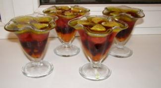 Фруктовый десерт с газированной водой