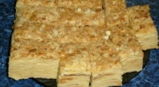 Как приготовить слоеный торт «Золушка»