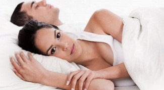 What are the symptoms for thrush