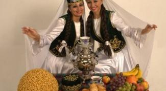 Какое отношение к родне у татар