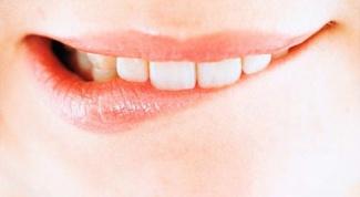 Как лечить прикушенную губу