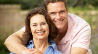 Как познакомиться, если женщина старше