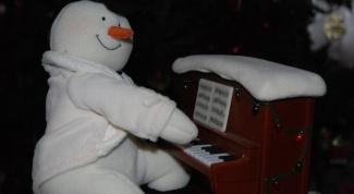 Как играть на детском пианино