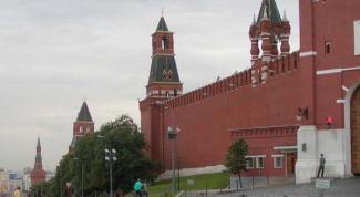 Как называются все башни Кремля