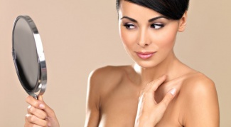 How to remove wrinkles of the décolleté