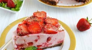 Cheese cake with strawberries without baking